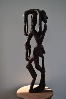 Wood carving, men's figure - Asmat - West Papua