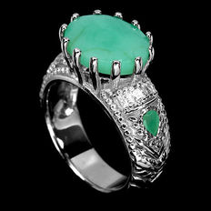 Silver ring with emeralds from Colombia – ring size:  18 (mm)