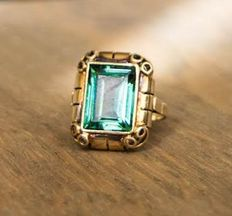 Art Deco ring with provable natural emerald stone, 10 x 13 mm