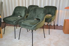 Unknown design – Four chairs with metallic legs and velvet cover.