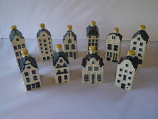Lot with 10 KLM houses.