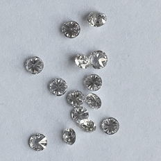 14 round diamonds with a total of approx. 1.25 ct and 8 round diamonds with approx. 0.10 ct in total