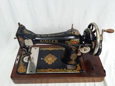 Antique sewing machine, 128K Singer Manufacturing Company, approx. 1920