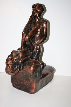 Statue; couple making love on a couch - 21st century