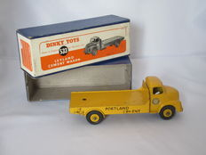 Dinky Toys - Scale 1/48 - Leyland Cement Wagon No.533