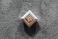 Gold 14 kt pendant with a solitaire diamond 0.100 ct