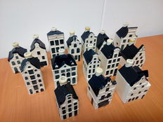 Lot with 15 KLM Delft Blue houses - Bols