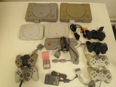 Lot of 4 Sony playstation.
