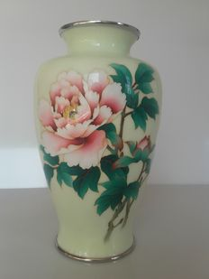 Ando Jubei; cloisonné vase - Japan - first half of 20th century