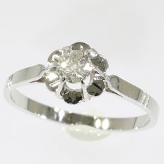 Vintage Art Deco engagement ring with old mine brilliant cut diamond - circa 1930