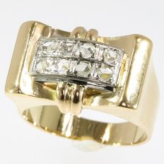 Typical gold Retro diamond ring with geometrical design - Belgian - circa 1945