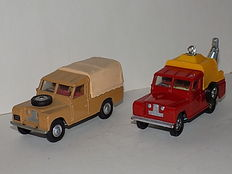 Corgi Toys - Scale 1/43 - Lot with 2 x Land Rover 109 WB Nos.438 and 477