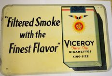"""Advertising sign - Viceroy cigarettes """"Filtered smoke with the finest flavour"""" - Ca. 1945/1950"""