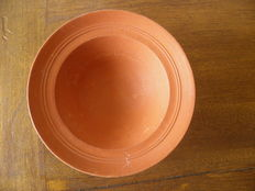 Roman bowl in red terra sigillata - 16 cm diameter