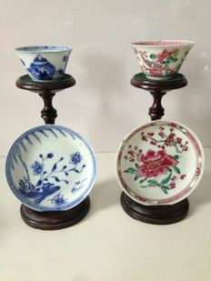 Two cups and two saucers - China - 18th century