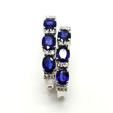 Gold earrings with sapphires and brilliant cut diamonds totalling 2.35 ct *NO RESERVE*