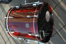 Drum Collective Bass drum and standing timpani