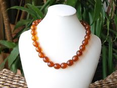 Baltic Amber necklace in honey butterscotsch colour 52 grams, incl.certificate