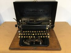 Imperial typewriter with type D hood