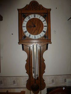 Oak wall clock - 1960s/1970s