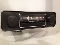 Classic Blaupunkt classic car radio from the 1960s Volkswagen/Ford/Opel/Mercedes/Porsche