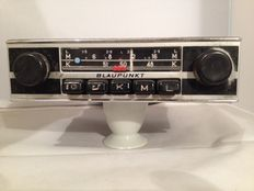 Classic Blaupunkt Bremen (s) classic car stereo from the 1960s/1970s Volkswagen