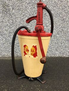 Shell oil pump - 1950s-1960s