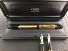 Parker Duofold Centennial Gold Fountain pen New in box. Very rare. + 2 extra Nibs