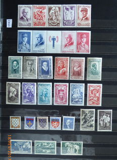 France 1943/1955 – Selection of 6 complete years 1944, 1949, 1952 to 1955