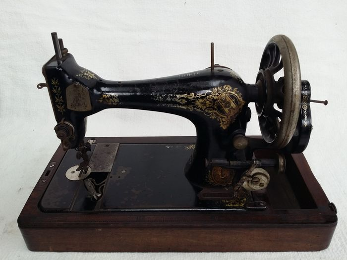 Antique Sewing Machine Singer Manufacturing Company40 KClydebank New Singer Sewing Machine Company