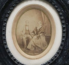 Photographer unknown - early albumin print of a married couple - 1870