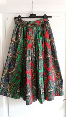 Yves Saint Laurent – Summer 1970 – Long, full skirt with paisley pattern