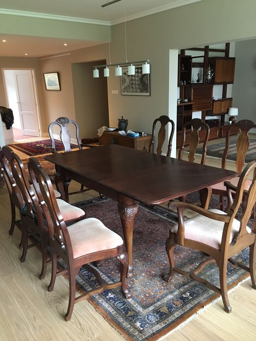 Mahogany dining room table with 8 chairs in George II style, second half of  20th century - Catawiki