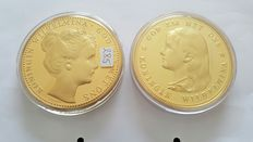 Netherlands - 2 tokens ¨Royal Dutch Gold in Super Crown Size¨ - gold plated bronze