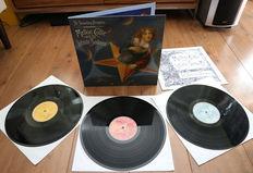 The Smashing Pumpkins – Mellon Collie And The Infinite Sadness 3lp/ w. 12 page illustrated booklet/ Limited edition pressing in NEAR MINT condition!