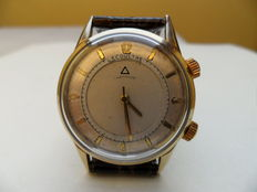 LECOULTRE Memovox. Men's wristwatch. From the 1960s.