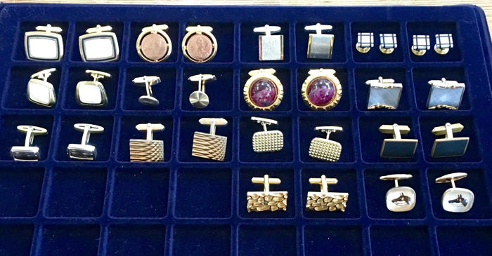 Collection of 15 pair of vintage cufflinks, period 1950/1980