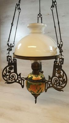 """Antique """"Ideal Brenner"""" pendant oil lamp, earthenware with opaline lamp shade - origin Germany - first half 20th century"""