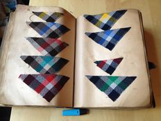 Book of archives with yarn dyed wool fabrics - Dated from winter 1933 / 1934
