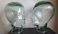 2 female busts made of Spanish glass, second half of the 20th century
