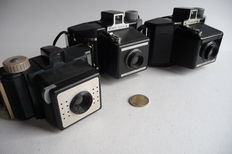 3 Coronret cameras, Rex Flash - Flash Master and Coronet 4x4, 1950 and1955