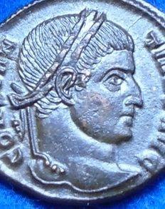 Roman Empire - Follis of Constantine the Great (307-337 A.D.) - minted in Ticinum.