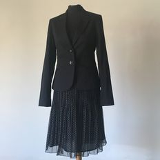 Lot composed of: Guess by Marciano jacket / I Blues skirt / Gaetano  Navarra top