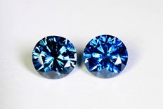 Matching pair of 2 blue diamonds – 0.62 ct (in total)