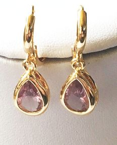 Gold earrings with droplet-shaped synthetic amethyst