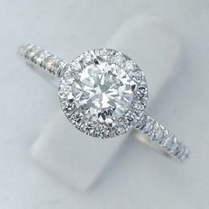 Engagement Ring Round Brilliant Cut Diamond, total 0.61 ct