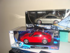 Hotwheels / Maisto -  Scale 1/18 sale - Porsche 911 GT3 - grey & Porsche Cayman S - Red