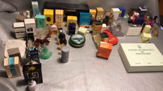 Ca 110 miniature perfume bottles, famous and rare copies.
