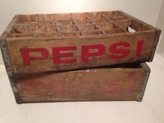 Two vintage crates from the United States, Pepsi - 1970s