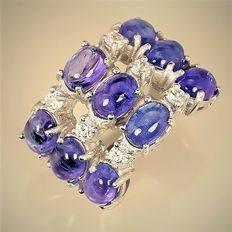 Ring in 925 silver with tanzanite and zirconias